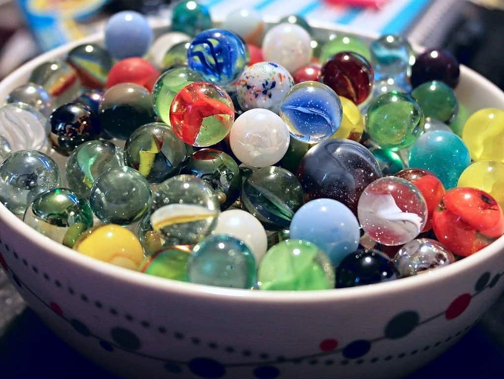 5 Easy Tips For How To Identify Vintage Marbles