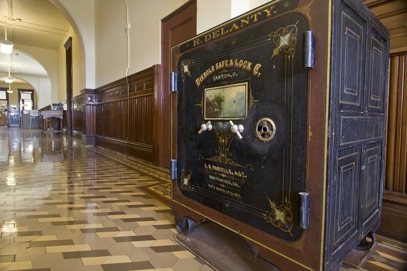How To Open An Old Safe Get At The Treasure That Lies Inside