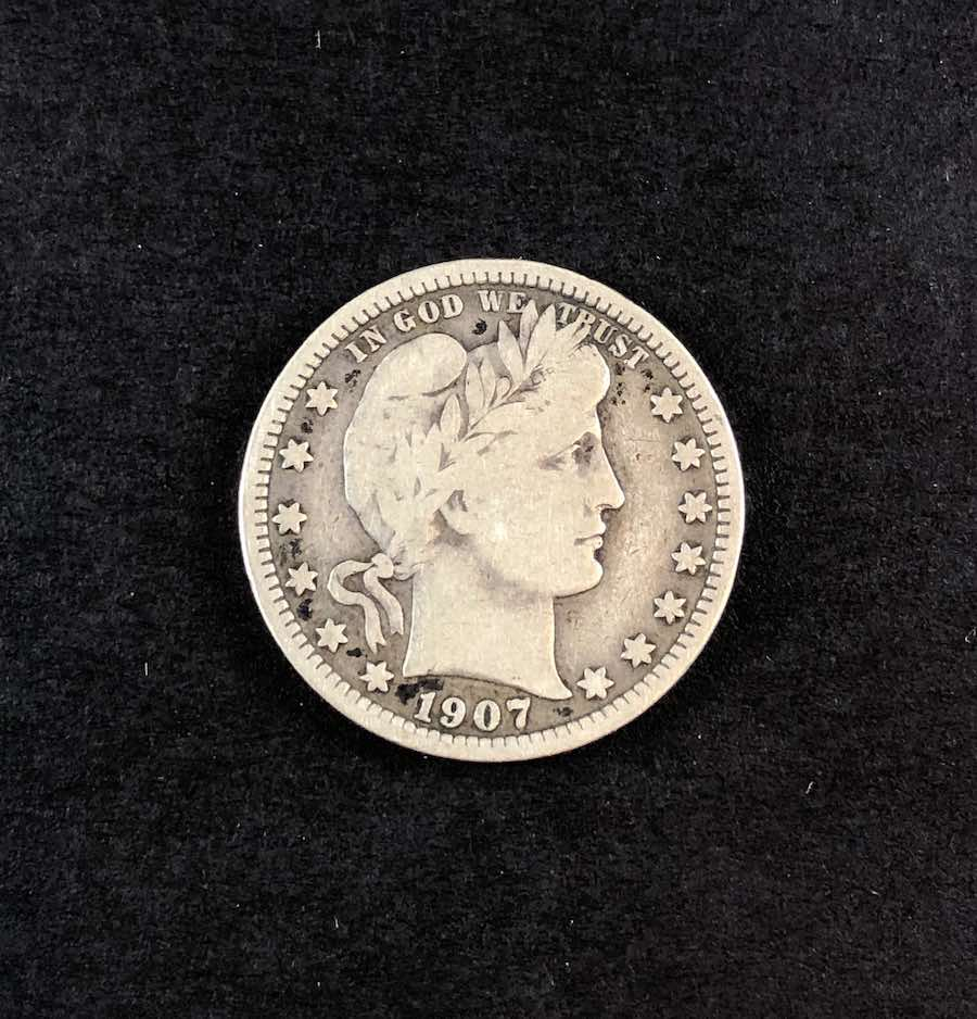 1907 Front Barber Quarter on Black